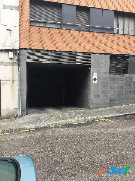 Párquing para coche en Calle Pintor Sorolla
