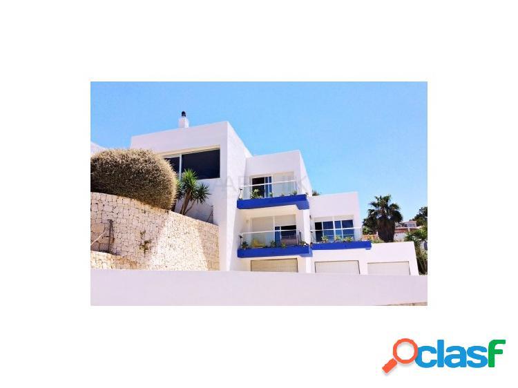 Romántica villa de estilo contemporáneo junto al Cabo de