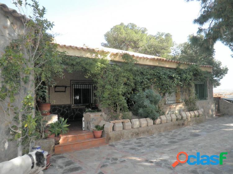 Se vende chalet en urbanización cotoveta,cerca de Bonalba y