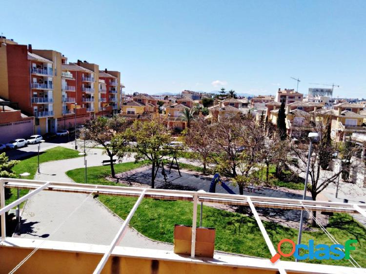 Se vende piso seminuevo en Churra