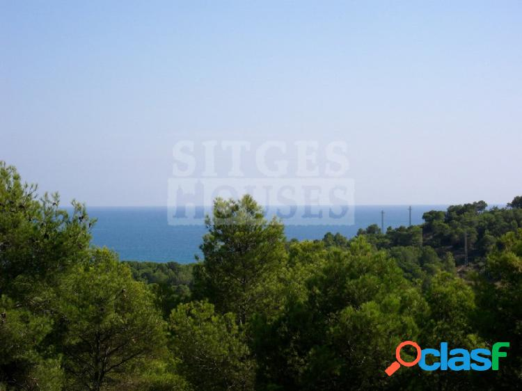 Terrenos sobre Golf y mar en Sitges Can Girona