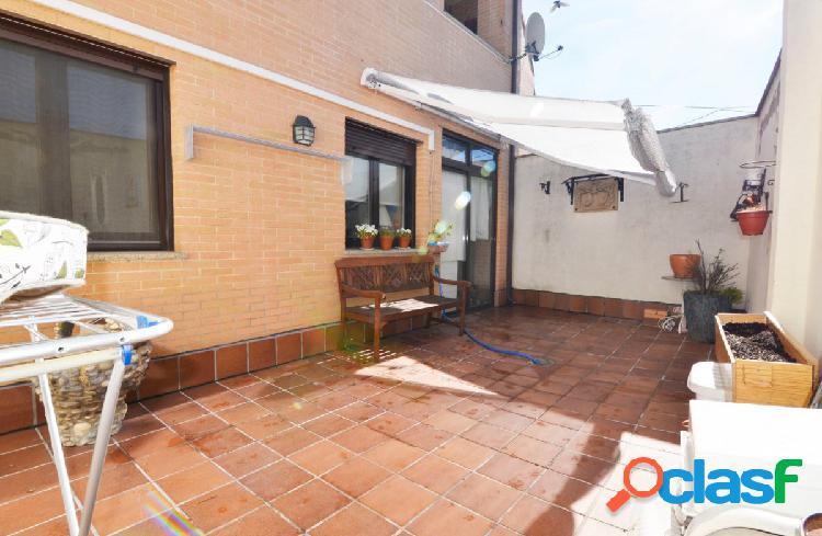 Urbis te ofrece un piso en venta en Arapiles, Salamanca.