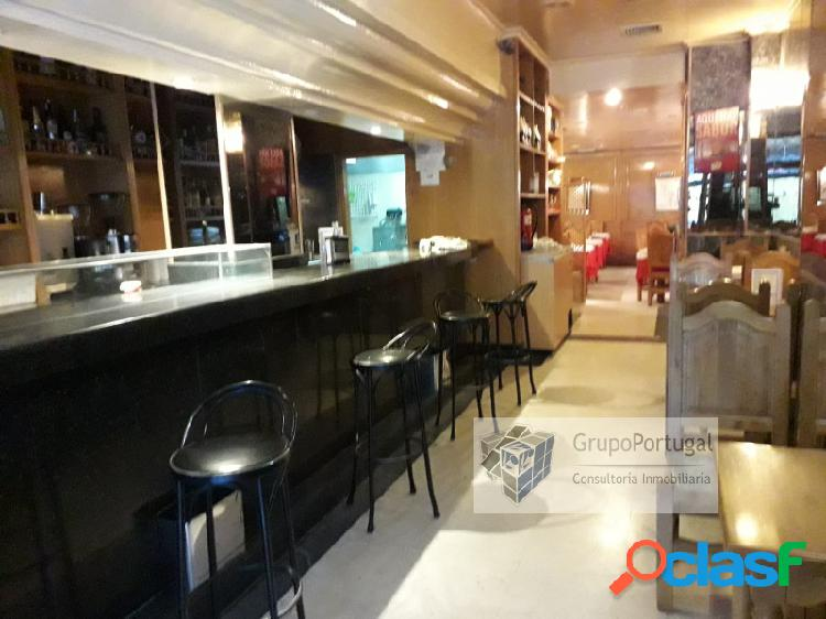 Venta Bar Restaurante de 95 m² en zona Orense