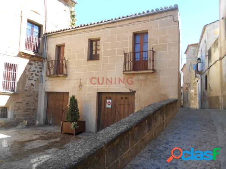 Venta de Casa Monumental, Parte Antigua de Cáceres,
