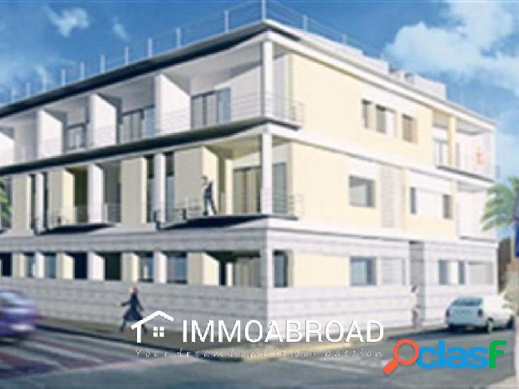 Apartamento en venta en Beniarbeig con 2 dormitorios y 1
