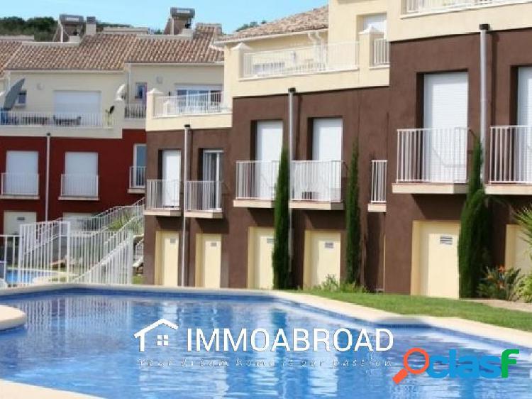 Apartamento en venta en Pedreguer con 3 dormitorios y 2