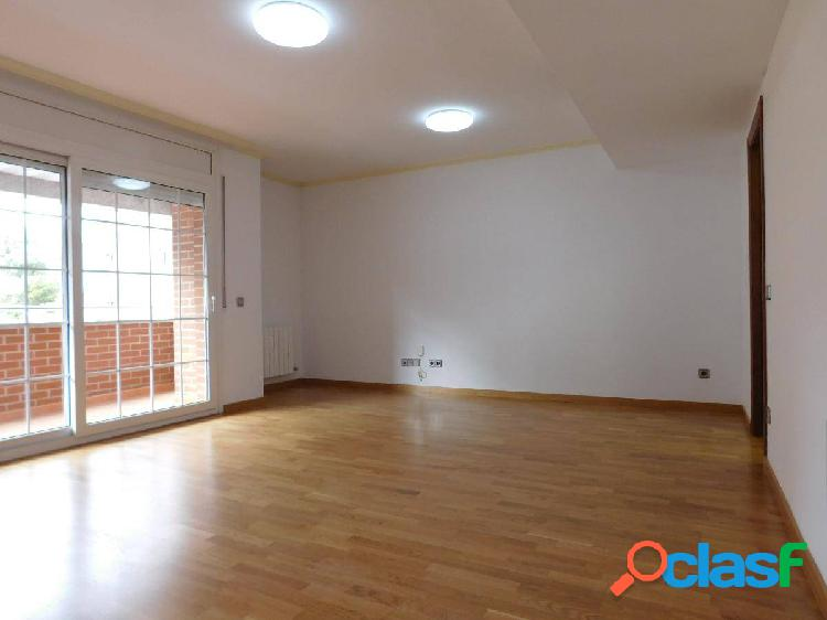 Fantástico piso en una de las mejores zonas de ciudad, a