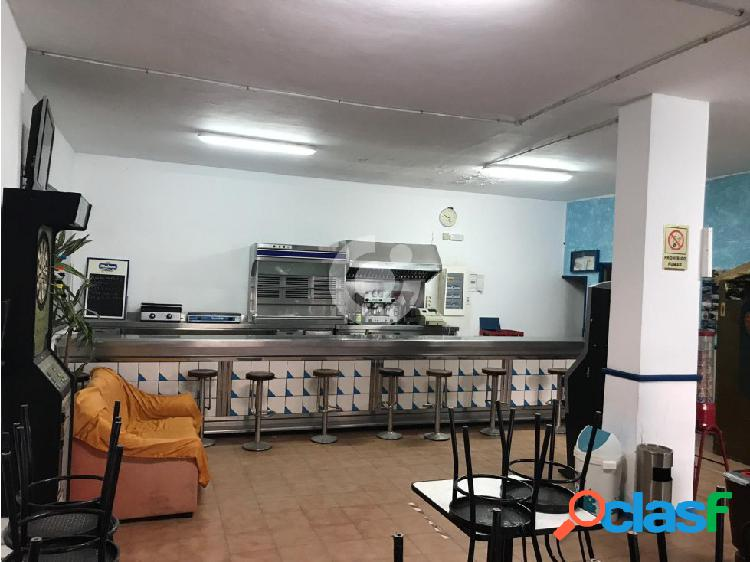 LOCAL COMERCIAL EN LOS ABRIGOS
