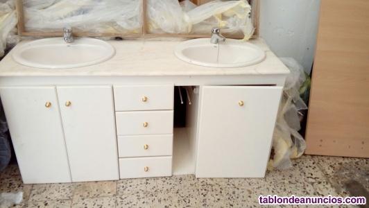 Mueble de baño con lavabos