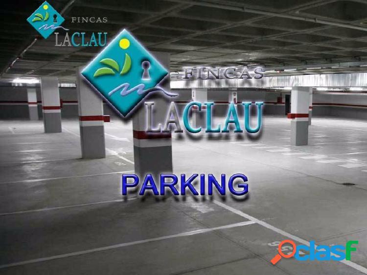 Plaza de parking a la venta, plaza Pou Vedre, centre Sitges