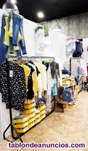 Se traspasa tienda de moda joven
