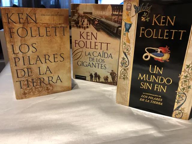3 libros de ken follett - Cádiz Ciudad