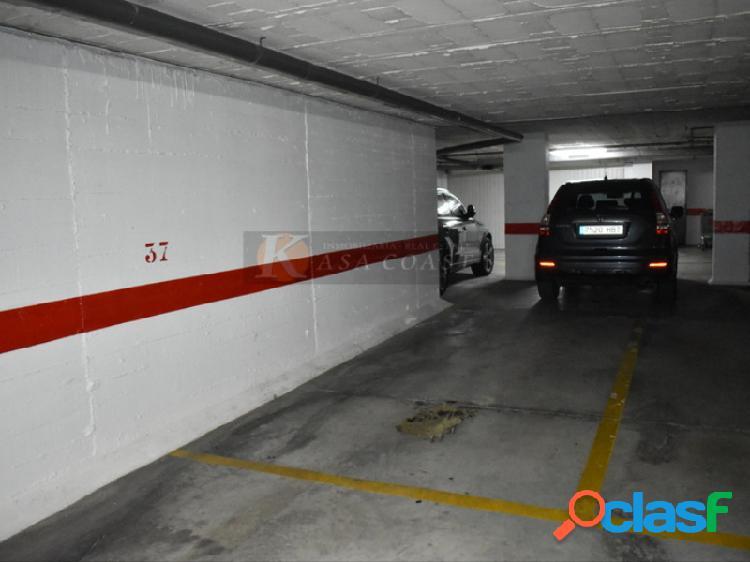 Plaza de garaje en alquiler en la zona del Parque Doña
