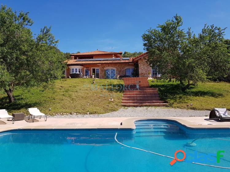 Preciosa villa con licencia de alquiler vacacional en