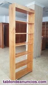 Estanteria de madera seminueva de casa o tienda