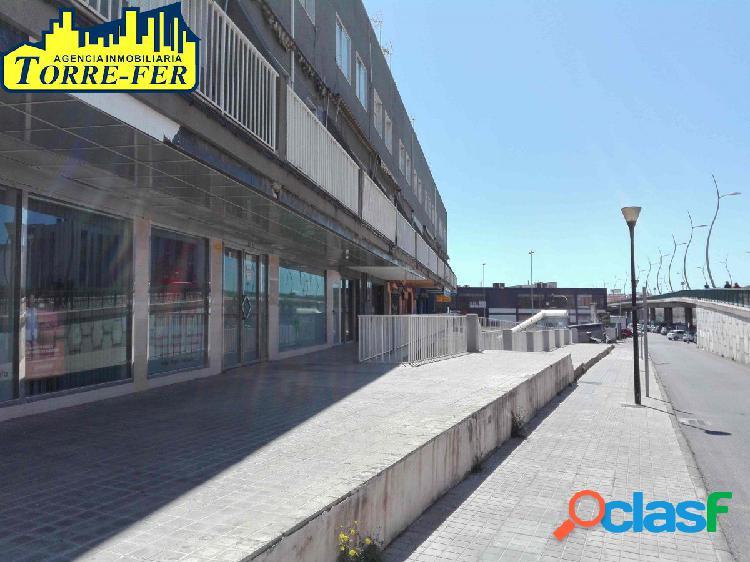LOCAL COMERCIAL DE 114 m2 EN AVDA. MEDITERRÁNEO