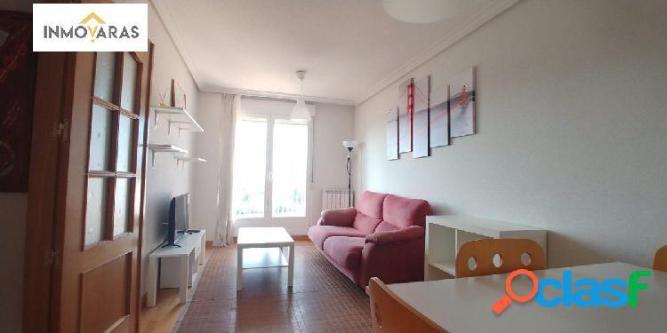 Se alquila apartamento en C/Jerónimo Münzer