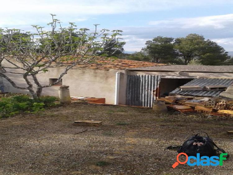 Casa Rústica en venta en El Perelló de 18304 m2