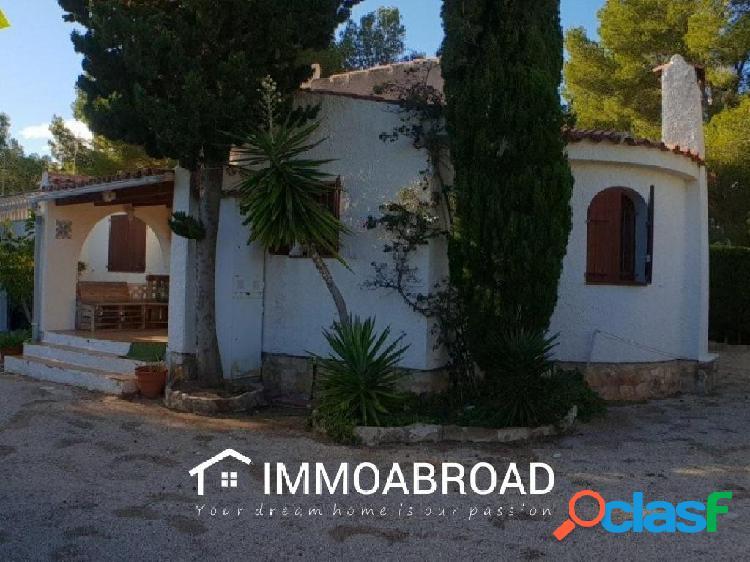 Casa en venta en La Ametlla de Mar con 2 dormitorios y 2