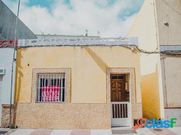 Piso en Venta en Roquetas De Mar Almería
