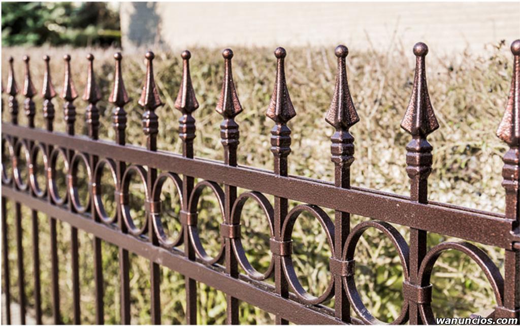Elementos de forja para vallas y cercas - Sevilla