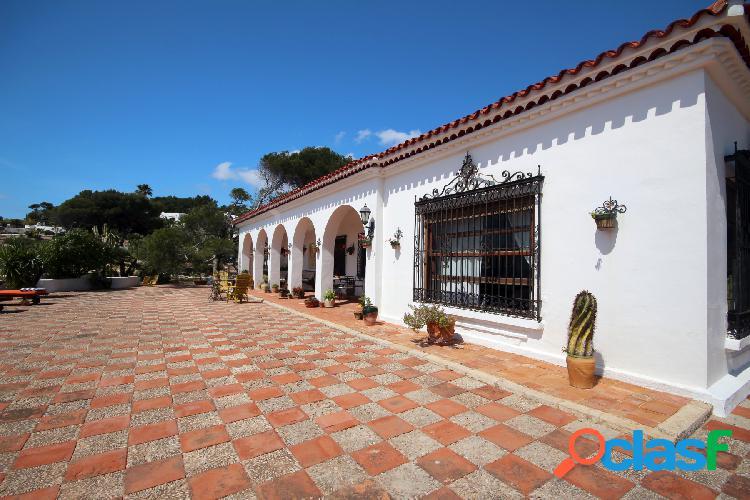 Esta villa de estilo tradicion