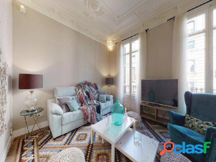 Fantastico piso en finca regia, Ensanche Derecho.