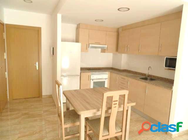 Piso en ALQUILER zona Av.Alcora, 65 m2, 2 habitaciones, un