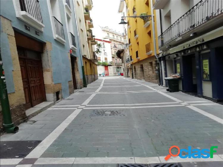 Piso en venta en Pamplona/Iruña, Navarra en Calle Campana