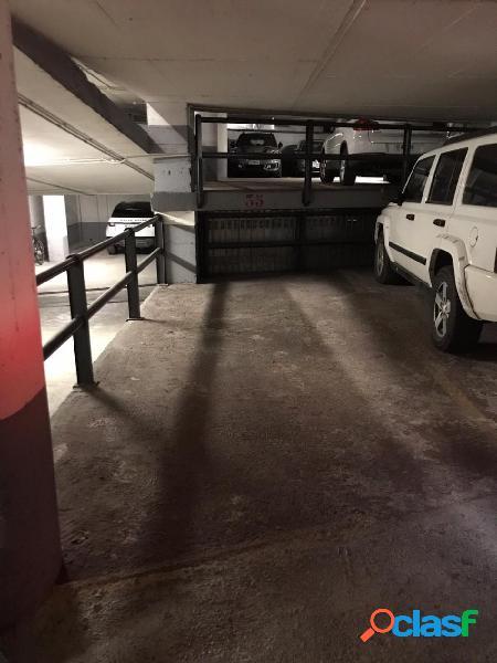 Plaza de parking en el centro de Andorra a 2 minutos de