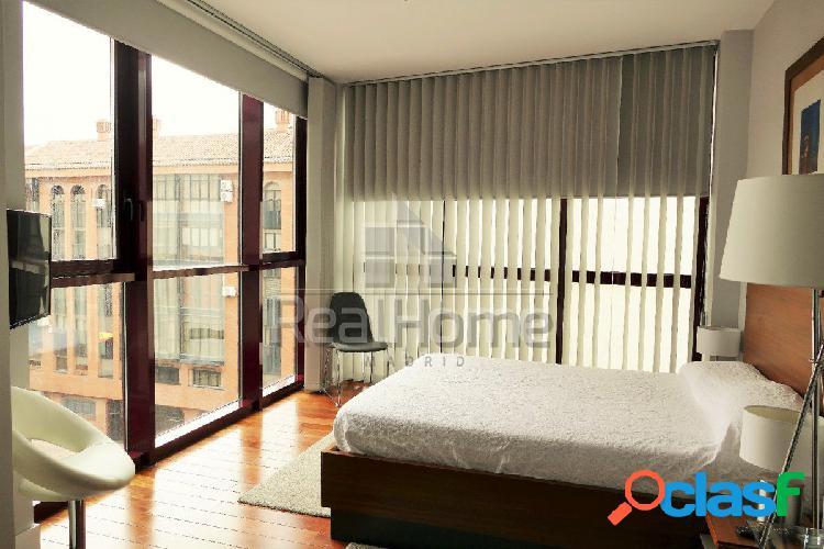 Precioso piso de dos habitaciones en Chueca