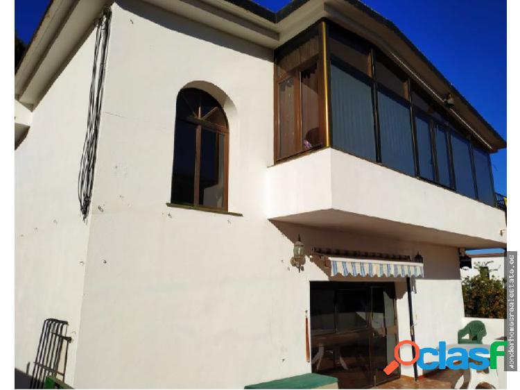 REF. Casa unifamiliar en El Pinillo!