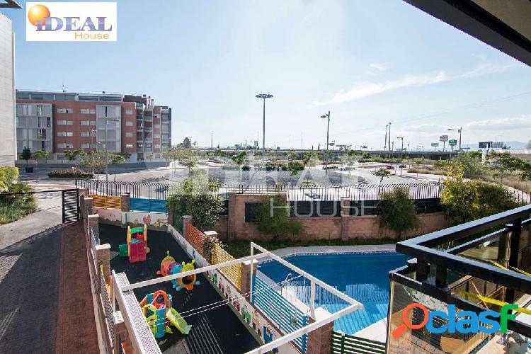 Ref: A4454J6. ¿Quiere vivir en un piso nuevo con piscina