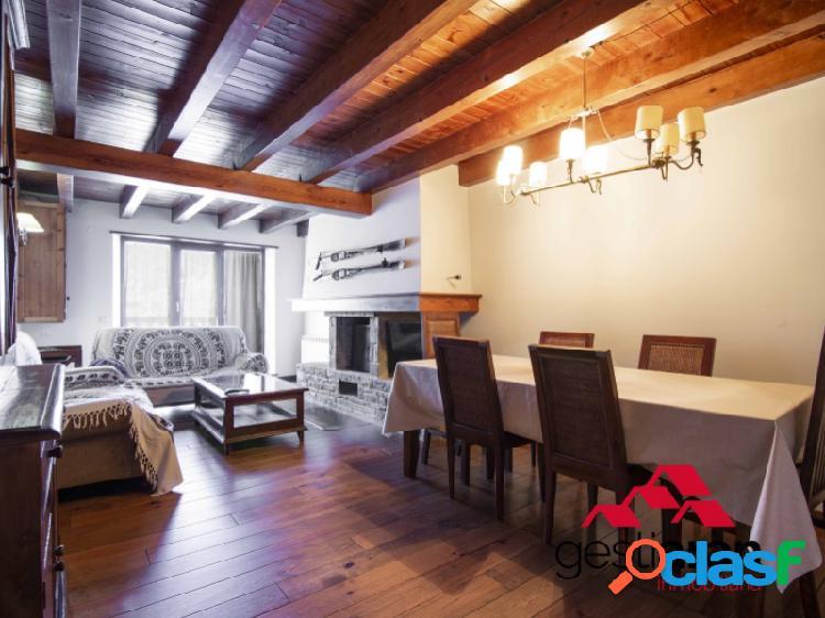 Apartamento de 3 habitaciones en Gausac