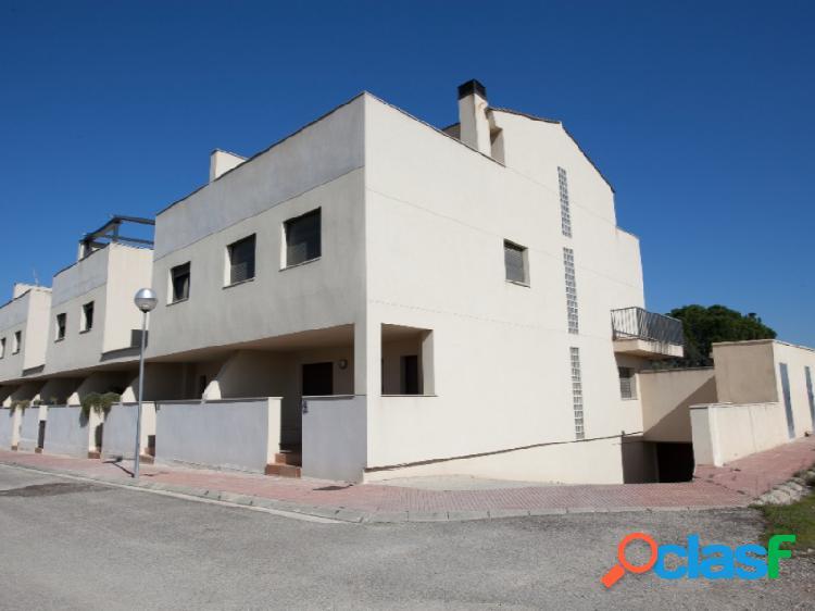 Casa en venta en Torres de Segre, calle Jaume I