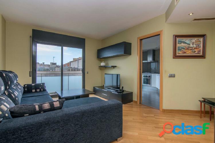 Piso ático en venta de 96m2 con 3 habitaciones y terraza en
