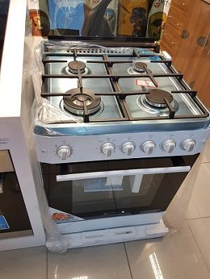 Cocina de gas con horno incorporado