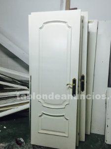 6 puertas de madera color blanco