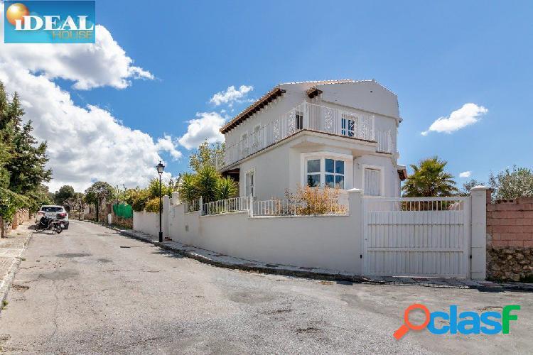 A4471J6. Chalet independiente de 500 m2 de parcela y 250 m2