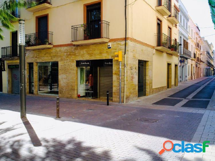 Local comercial en zona prime de alquiler en Vilanova i la