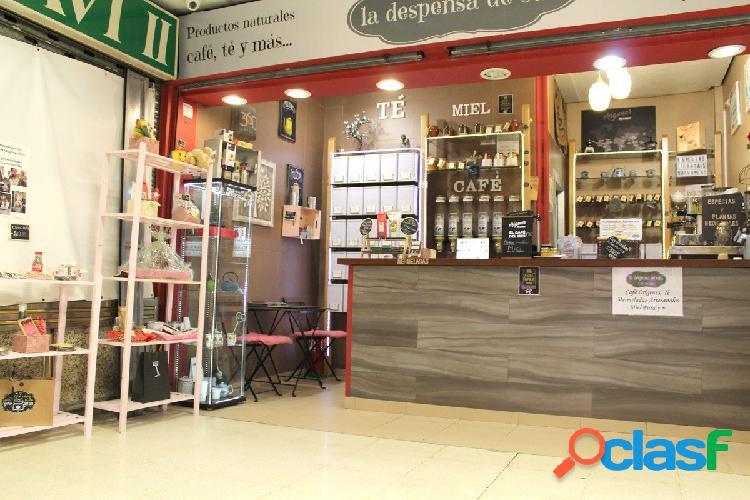 Se vende local equipado en galería comercial de 26 m2, en