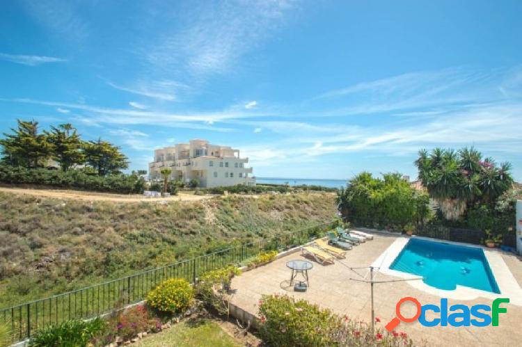 Amplia Villa con un apartamento separado ideal para