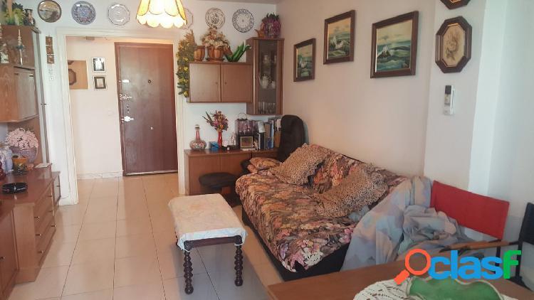Amplio piso de 3 dormitorios en pleno centro de Benidorm