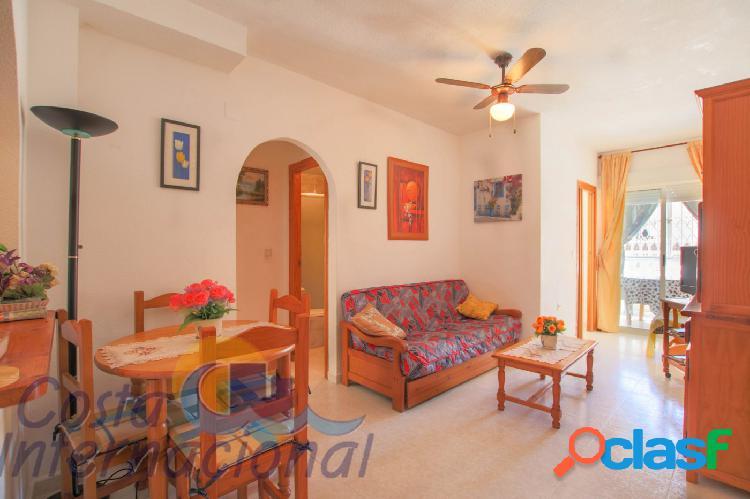 Apartamento de 2 dormitorios en Torrevieja