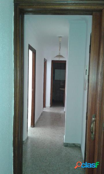 Hermoso piso de 3 habitaciones y 1 baño