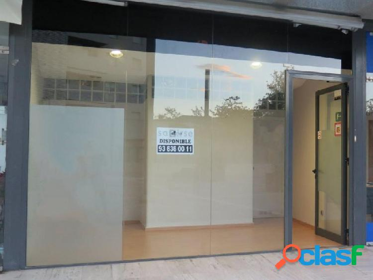 Local comercial en la mejor zona de Can Bou !!