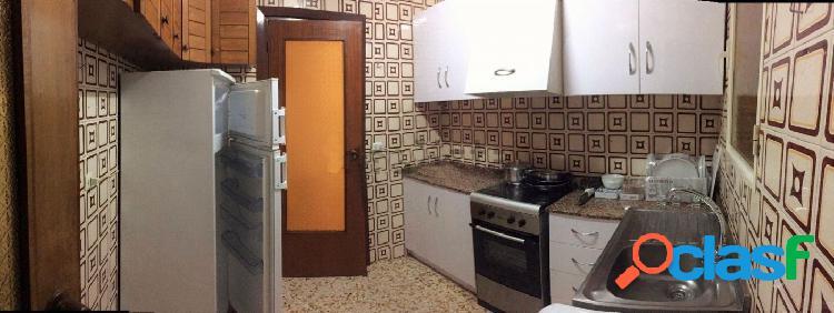 Se alquila piso en San Antolin
