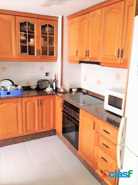 Vivienda en venta en zona San Blas en excelente estado para