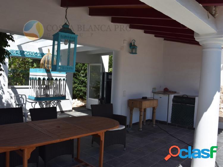 Moderna Villa en Altea Hills con piscina privada, cerca de