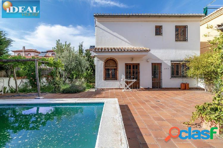 Ref: A4466V5. Casa Independiente en La Zubia de 4 dor.